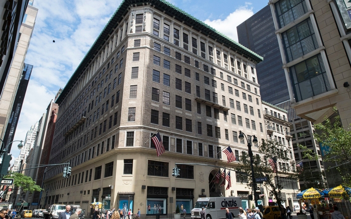 lord-taylor-flagship-store