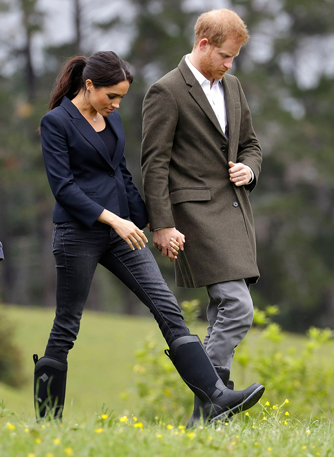 Britain's Prince Harry and Meghan, Duchess of Sussex arrive to dedicate a 20-hectare area of native bush to The Queen's Commonwealth Canopy in Auckland, New Zealand, . Prince Harry and his wife Meghan are on day 15 of their 16-day tour of Australia and the South PacificBritain Royals, Auckland, New Zealand - 30 Oct 2018