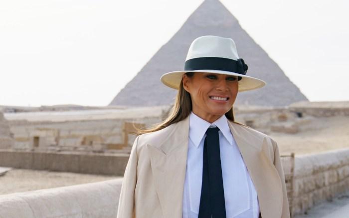 Melania Trump, pyramids, egypt, hat