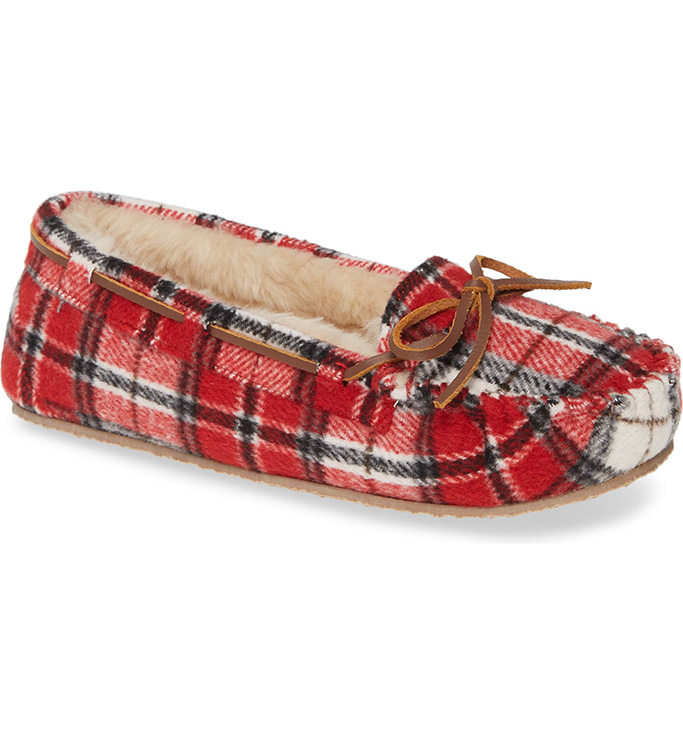 minnetonka-cally-slipper