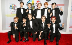 AMAs 2018: NCT 127's Red Carpet