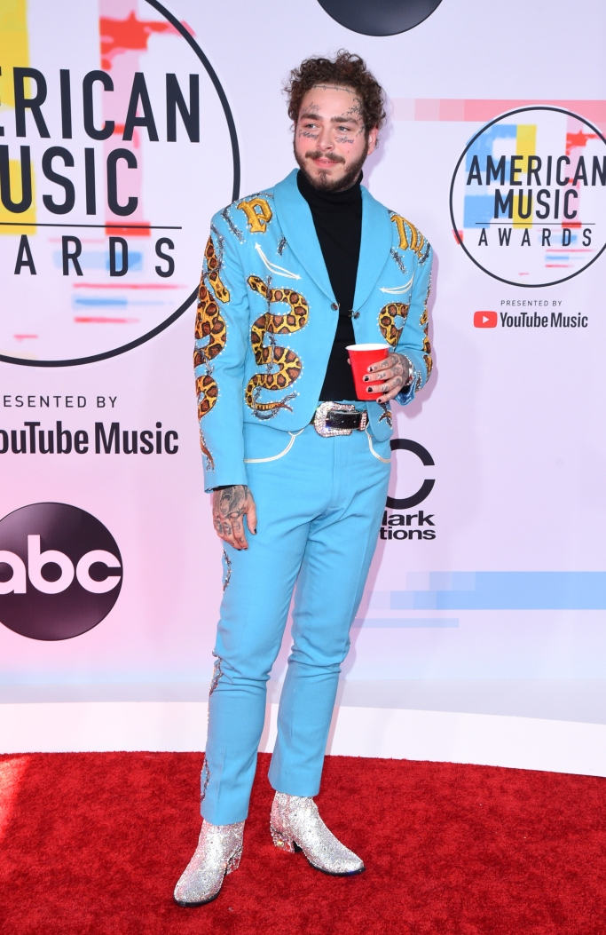 Post Malone, AMAs, American Music Awards, red carpet, style