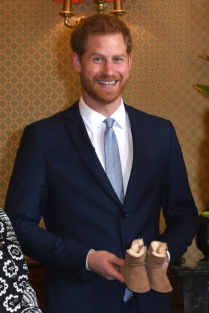 Prince Harry, Duke of Sussex and Meghan, Duchess of Sussex attend a welcome ceremony at Admiral House in Sydney by The Governor General Sir Peter Cosgrove and and Lady Cosgrove.Pictured: Prince Harry,Duke of SussexRef: SPL5033593 151018 NON-EXCLUSIVEPicture by: SplashNews.comSplash News and PicturesLos Angeles: 310-821-2666New York: 212-619-2666London: 0207 644 7656Milan: +39 02 4399 8577Sydney: +61 02 9240 7700photodesk@splashnews.comWorld Rights