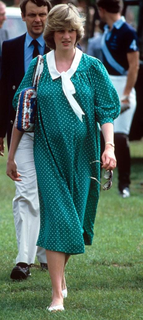PREGNANT Princess Diana (1982)British Royals - 1980s