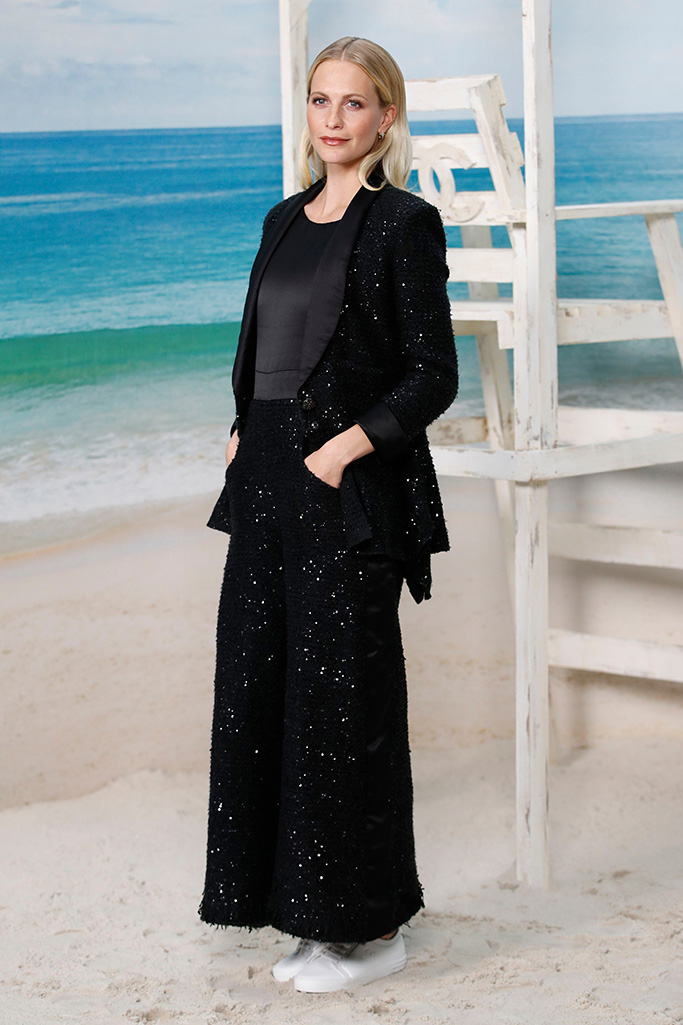 Poppy Delevingne poses during a photocall before the presentation of Chanel Spring/Summer 2019 ready-to-wear fashion collection in Paris, Tuesday, Oct.2, 2018Fashion 2018 Chanel, Paris, France - 02 Oct 2018