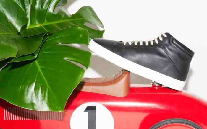 A sneaker by Yatay.