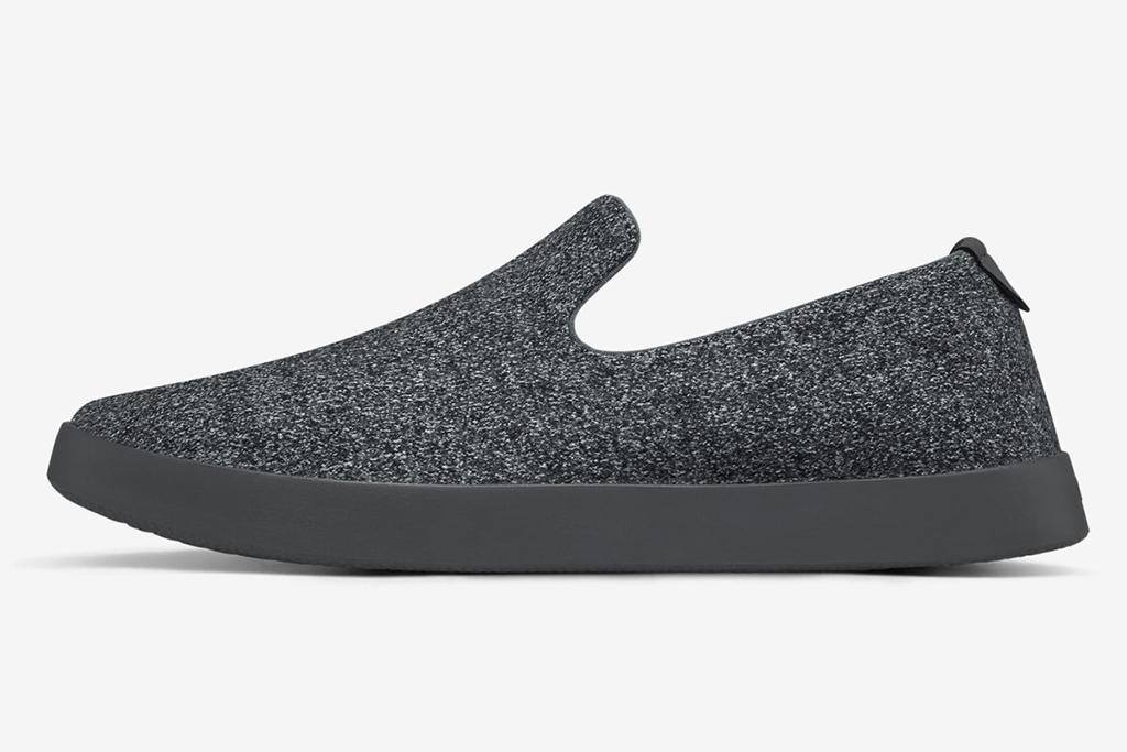 allbirds slippers, mens slippers, holiday slippers