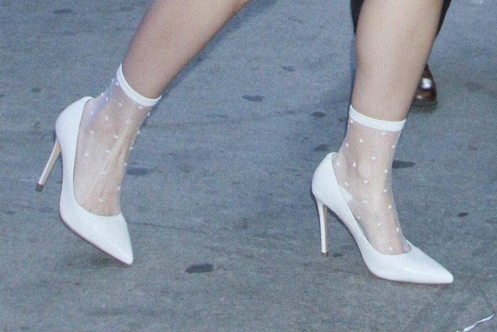 ariel winter, shoes