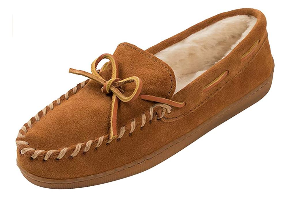best slippers for men, minnetonka slippers, mens slippers