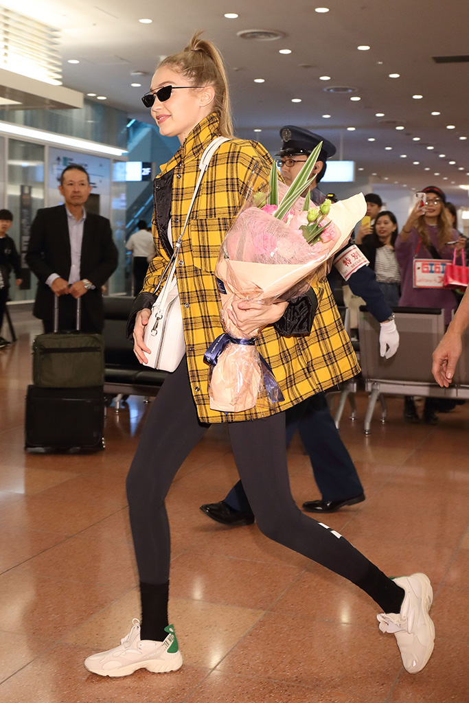 Gigi HadidGigi Hadid at Haneda International Airport, Tokyo, Japan - 13 Nov 2018Hadid is a global ambassador for Reebok and is visiting Japan to attend an event for the brand on November 14.
