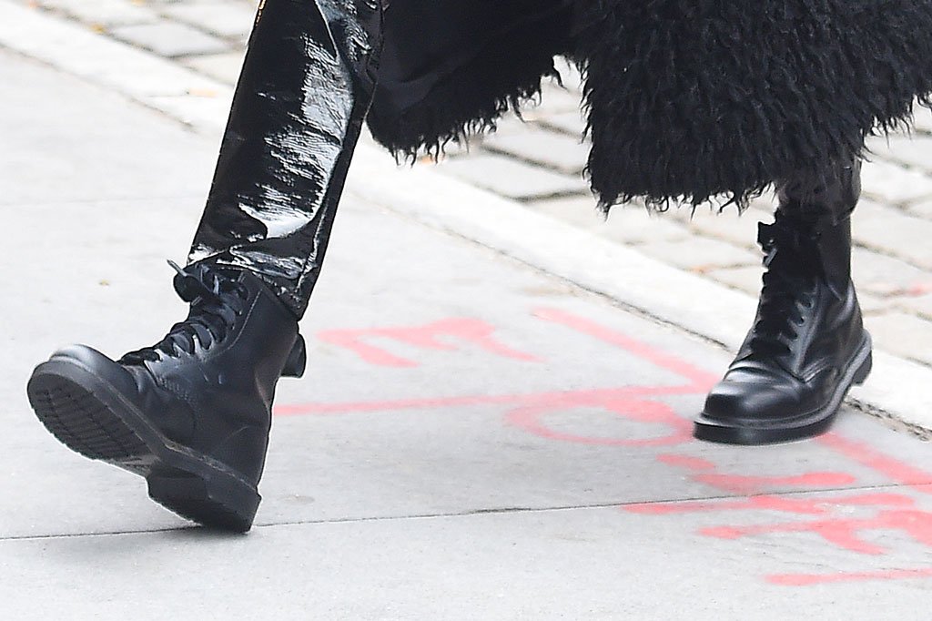 hailey baldwin, shoes, combat boots, street style, fashion