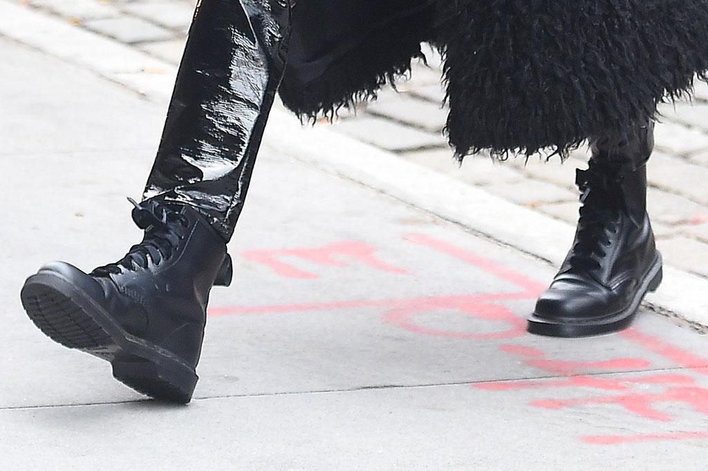 hailey baldwin, shoes, combat boots, street style, fashion
