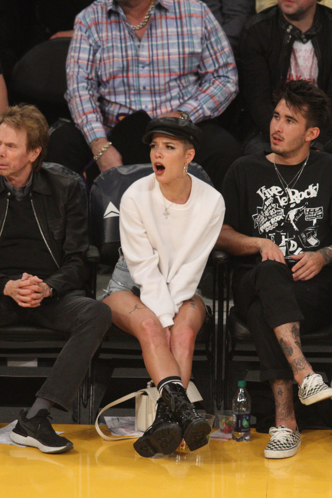 Halsey Boots Lakers Game