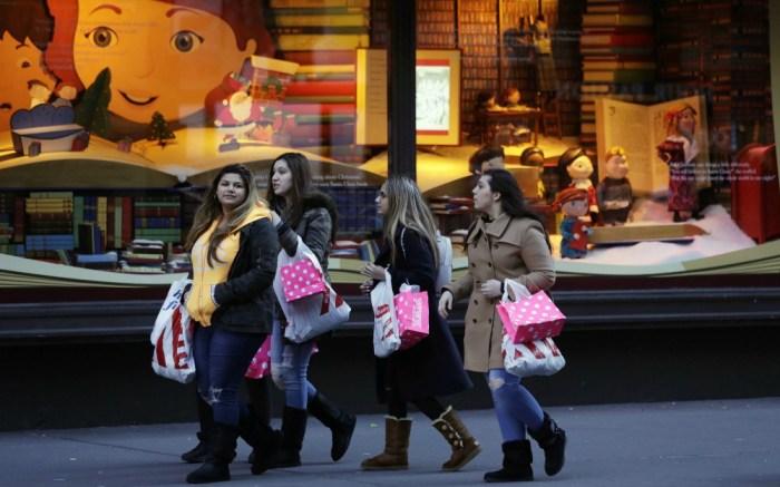 holiday-shopping-black-friday