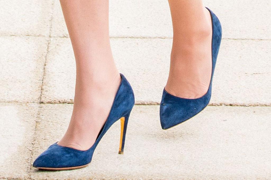 kate middleton, rupert sanderson, pumps, high heels