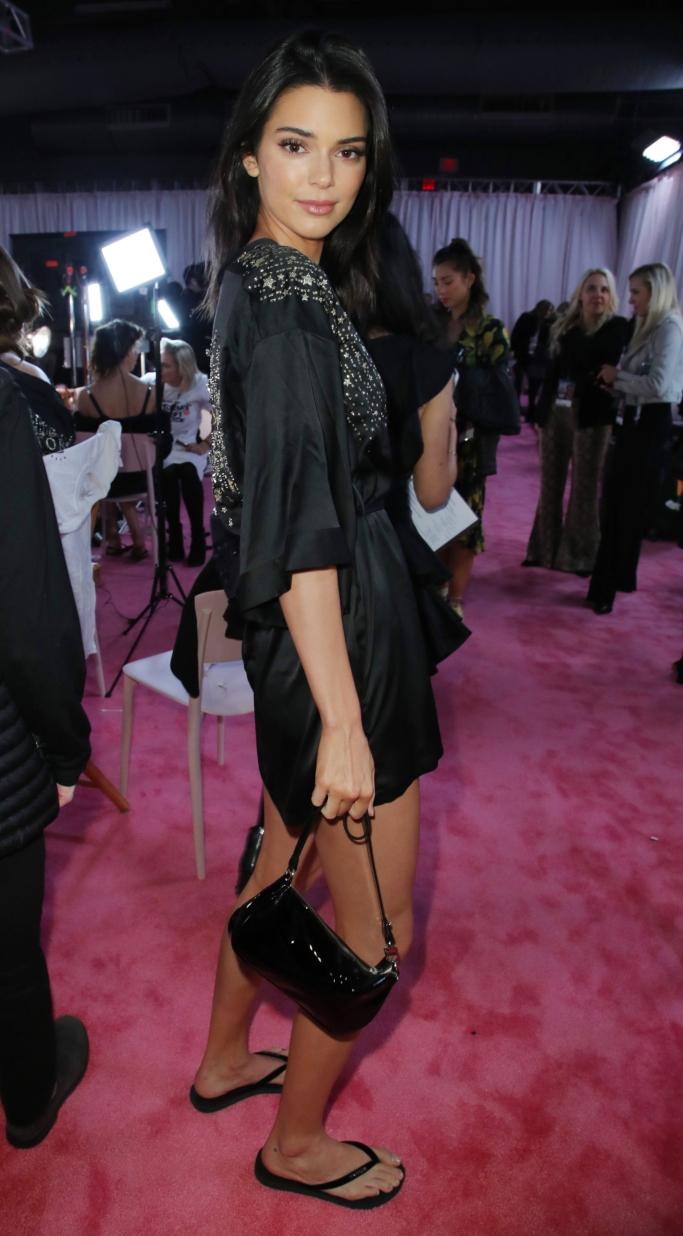 kendall jenner, victoria's secret fashion show