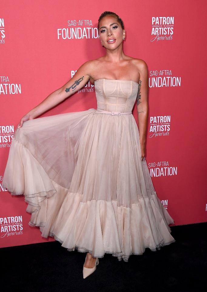 lady gaga, dior dress, nude dress, patron of the artists awards