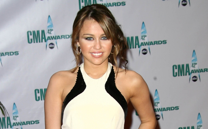 miley-cyrus-country-music-association-awards-cmas-2008