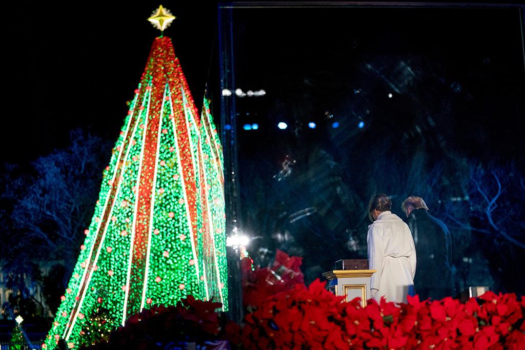 Donald Trump, Melania Trump. President Donald Trump and first lady Melania Trump depart the National Christmas Tree lighting ceremony at the Ellipse near the White House in WashingtonTrump Christmas Tree, Washington, USA - 28 Nov 2018