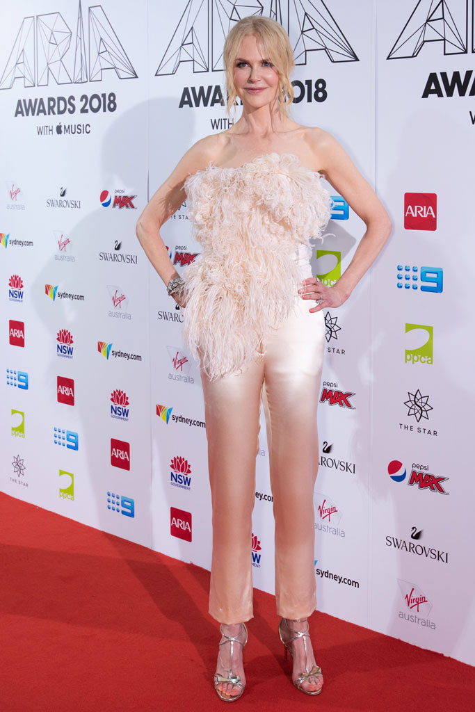 Nicole Kidman, Aria Awards, Oscar de la Renta, red carpet, Aria Awards, Christian Louboutin