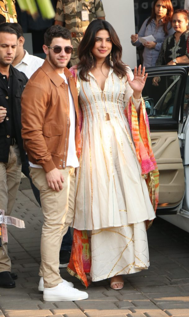 Priyanka Chopra And Nick Jonas Arrive Ahead Of Wedding Via Private JetPictured: Nick Jonas,Priyanka ChopraRef: SPL5045371 281118 NON-EXCLUSIVEPicture by: SplashNews.comSplash News and PicturesLos Angeles: 310-821-2666New York: 212-619-2666London: 0207 644 7656Milan: 02 4399 8577photodesk@splashnews.comWorld Rights