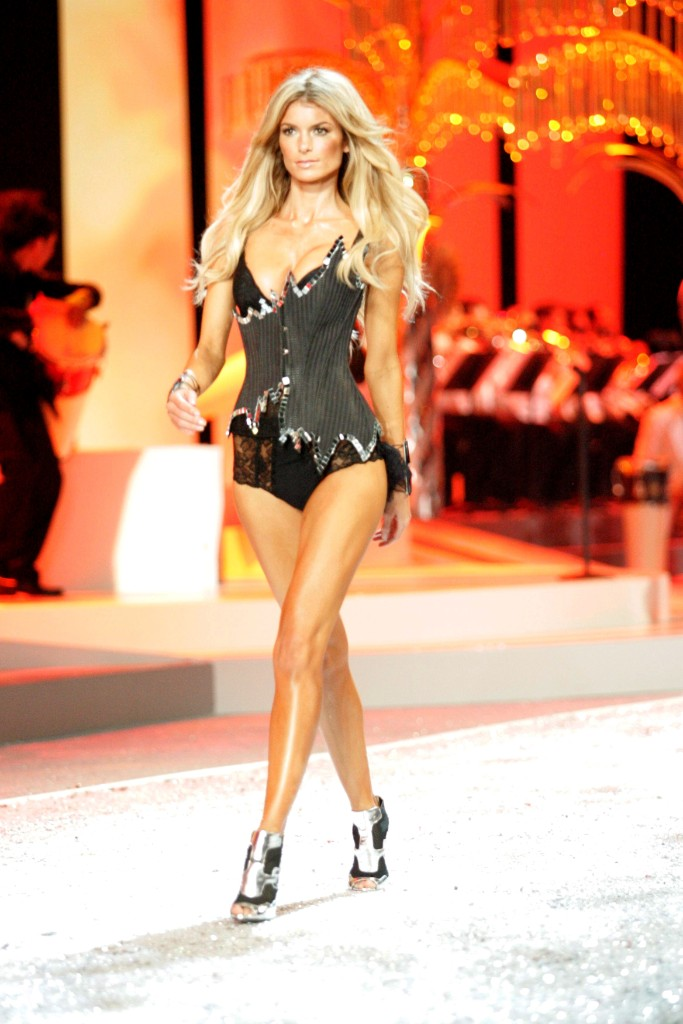 Marissa Miller, VSFS, victoria's secret, 2008, runway