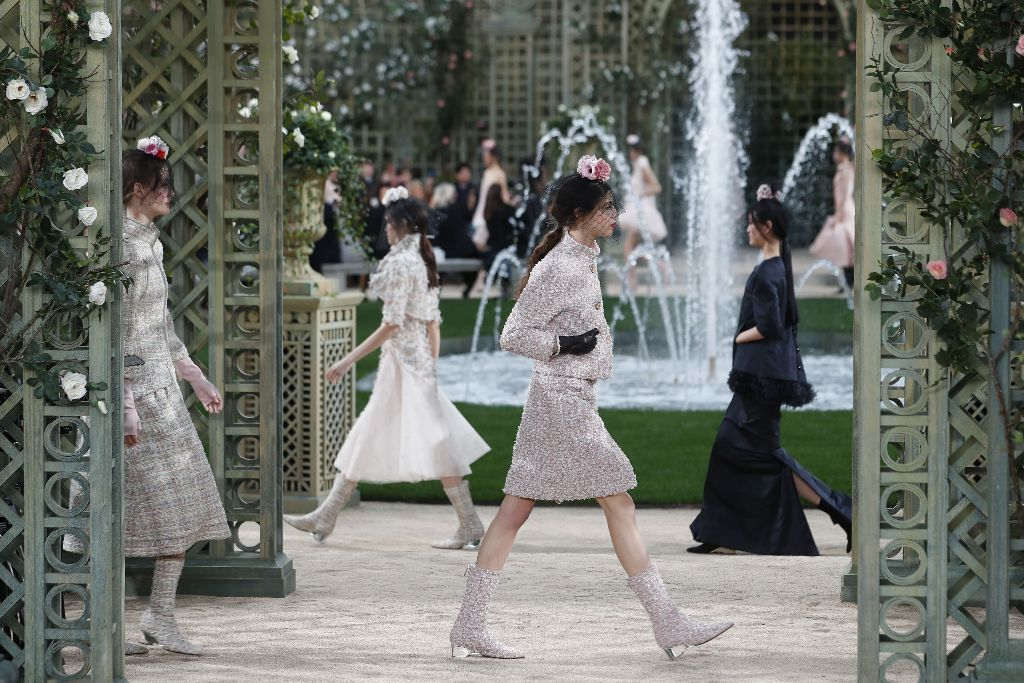 netflix-7-days-out-chanel-haute-couture