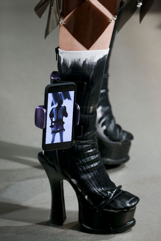 craziest-shoes-2018-margiela-iphone-shoes