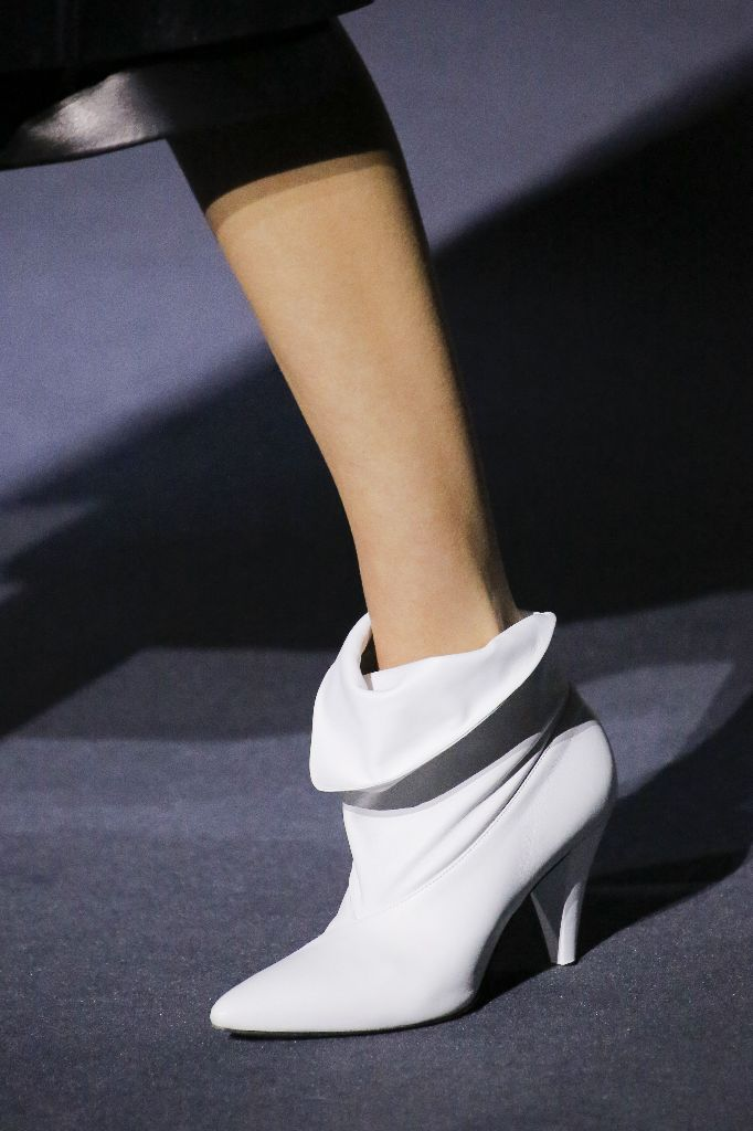 givenchy-top-10-shoe-trends-2018