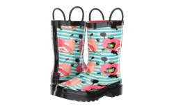 Best Rainboots for Kids: Hunter, Crocs,