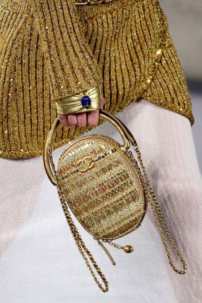 chanel metiers d'art handbags prefall 2019 new york met