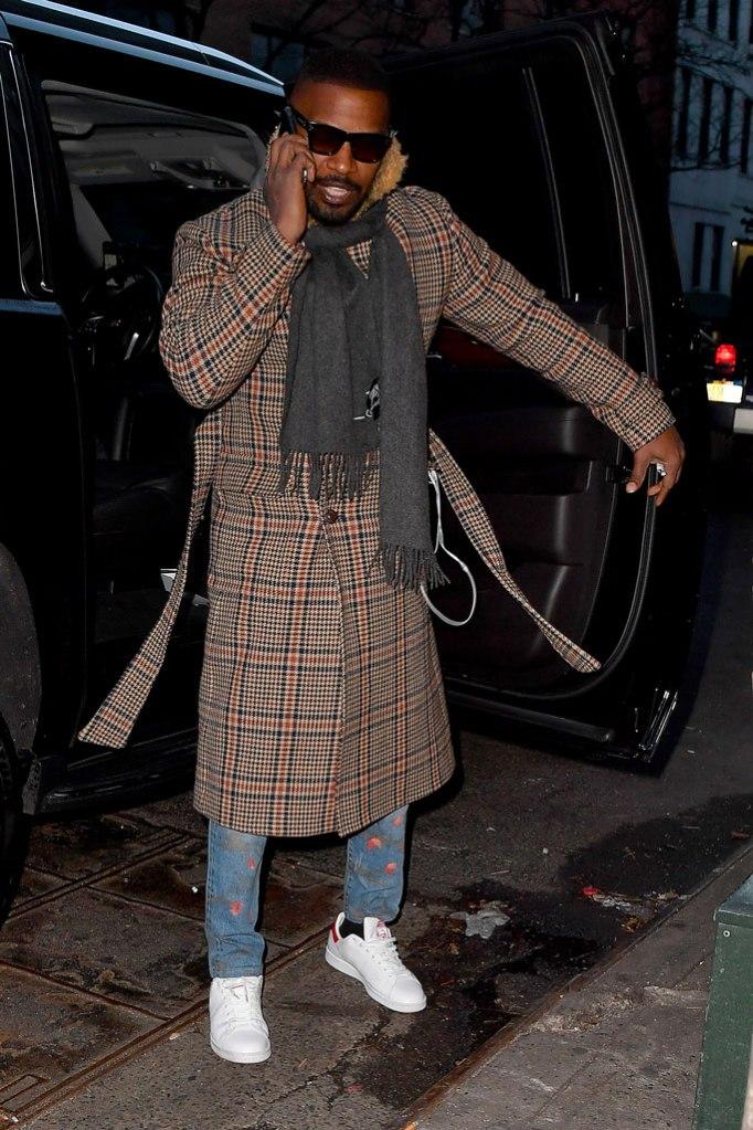 jamie foxx, katie holmes, adidas stan smith, plaid coat, nyc