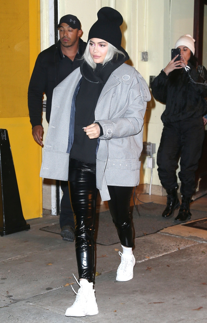 kylie jenner, Acler Hounds jacket, iro paris curverunner sneakers