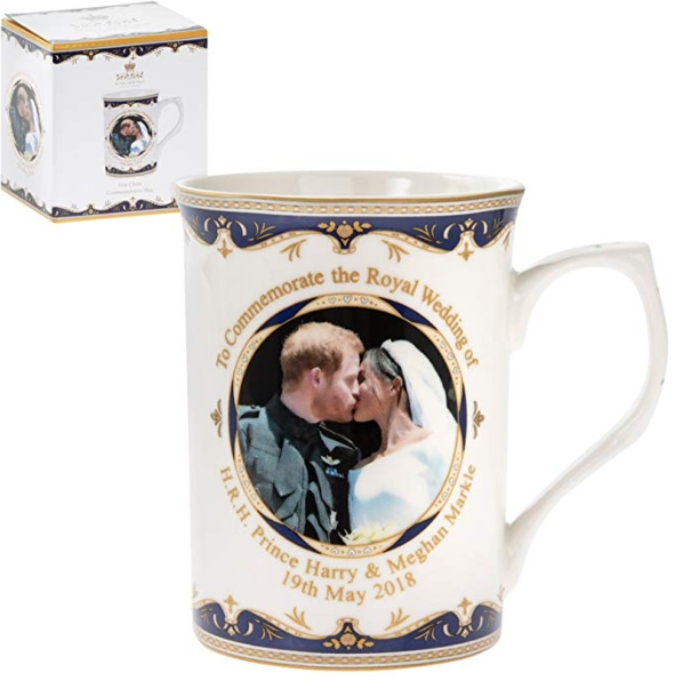 meghan and harry kiss wedding mug