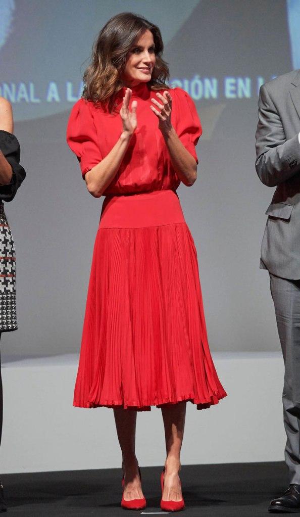 Queen Letizia, spanish fashion awards, madrid, celebrity style, spanish royal family