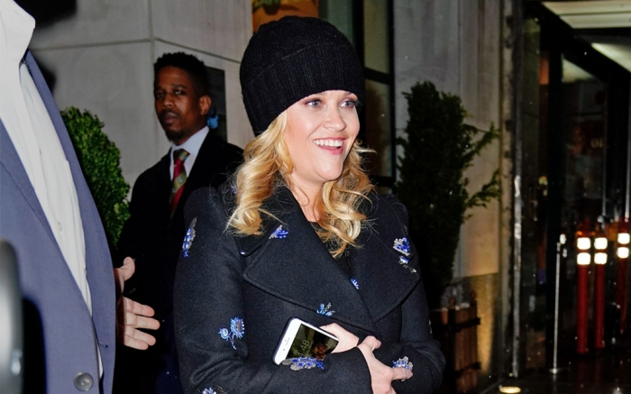 reese-witherspoon-rain-boots