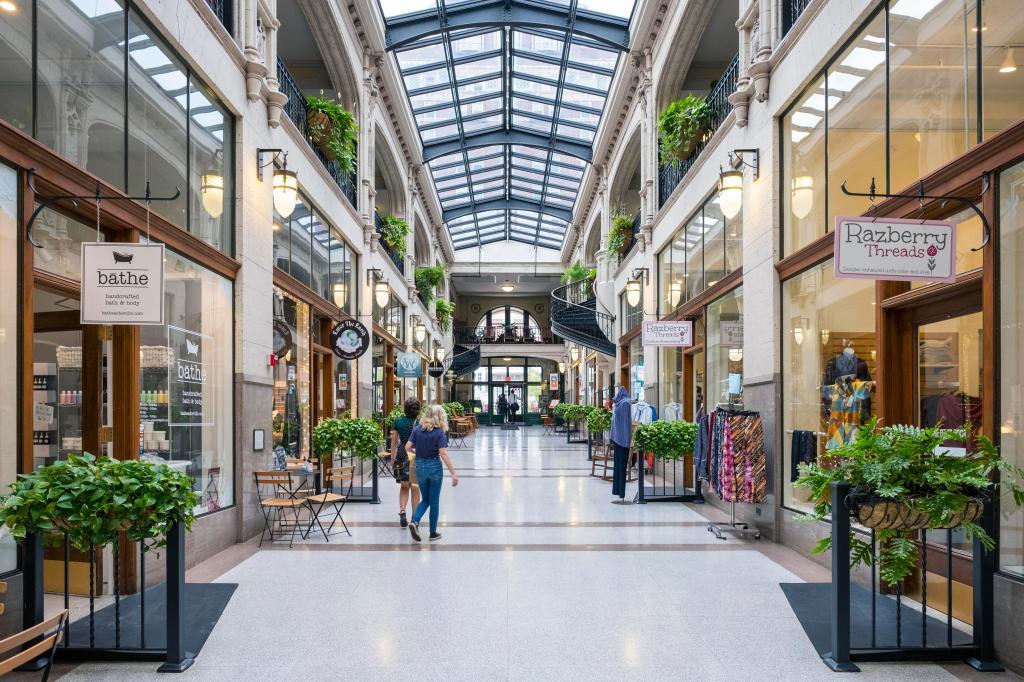 Grove Arcade, historic shopping mall, downtown, Asheville, North Carolina, USAVARIOUS