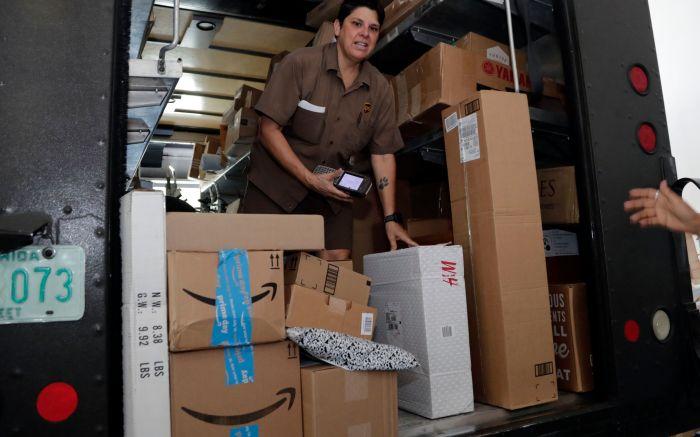 UPS, DHL, FedEx