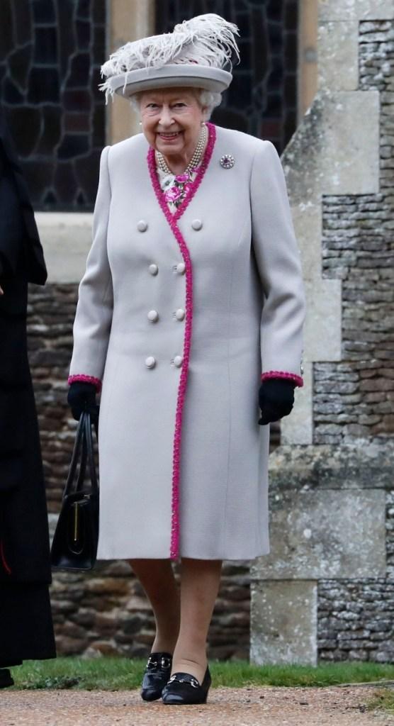 queen elizabeth ii, queen of england, christmas
