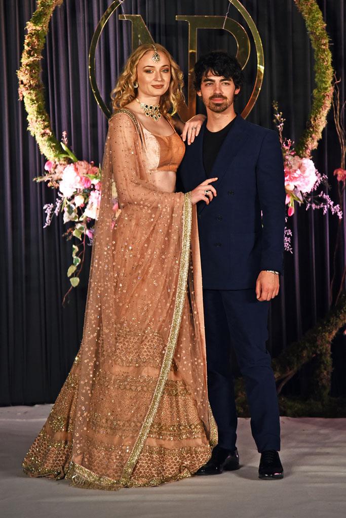 sophie turner, joe jonas, nick jonas, priyanka chopra, wedding, reception, india, new delhi, party