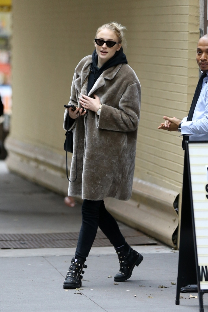 sophie turner, furry boots