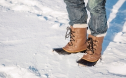 how to clean winter boots