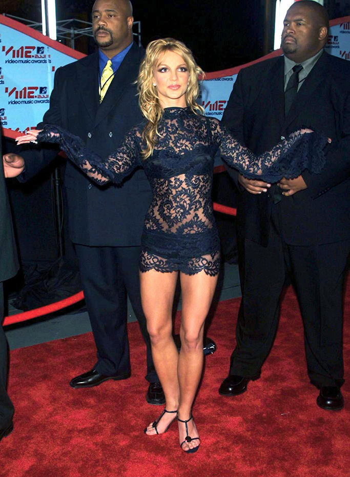 Britney SpearsMTV MUSIC AWARDS AT THE METROPOLITAN OPERA HOUSE, NEW YORK, AMERICA - 06 SEP 2001