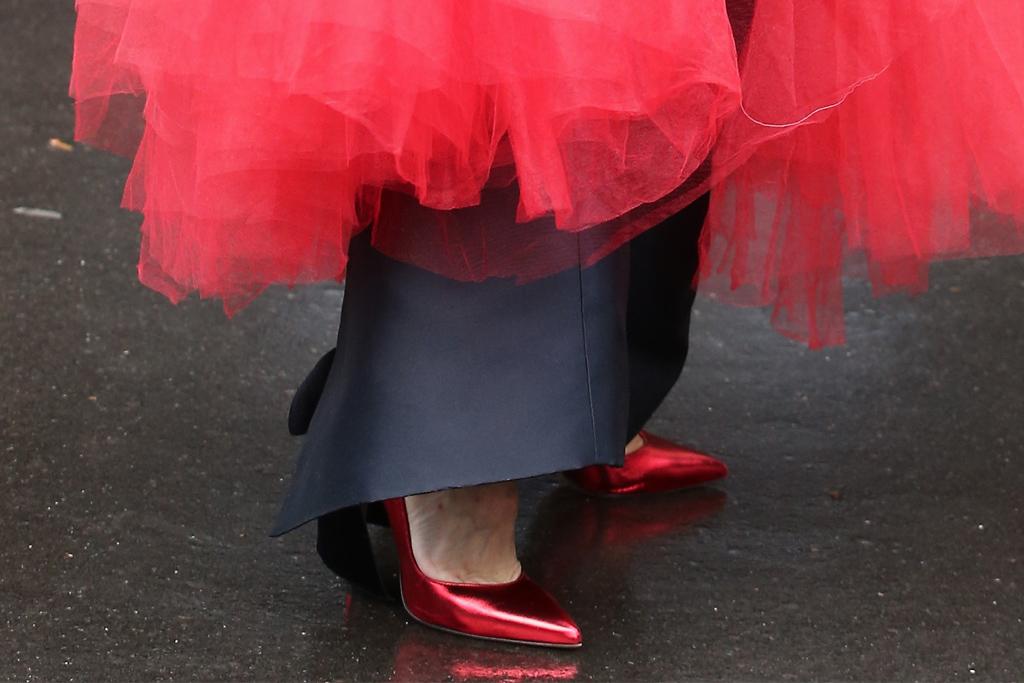 celine dion, red heels