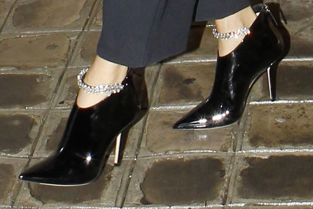 Céline Dion, ankle boots, embellished, shoe style, celebrity style