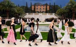 Chanel Couture spring '19.