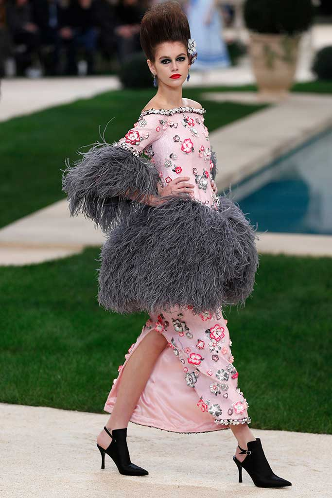 Kaia Gerber walks at Chanel Couture spring '19.