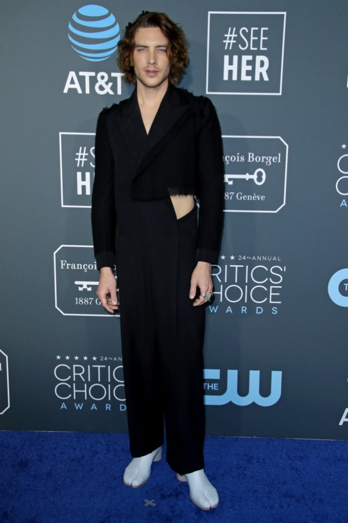 cody fern, maison margiela, tabi boots, critics choice awards