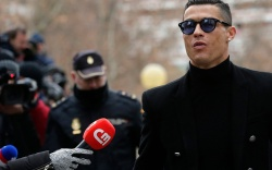 Cristiano Ronaldo arrives at the court