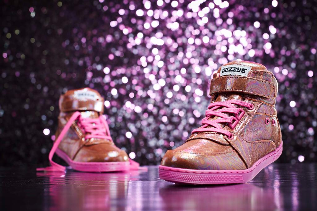 dezzys, kids sneakers